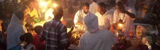 Kvällsmarknaden i Forodhani Park Zanzibar