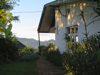 Irente Farm Lodge is overlooking the valley below. Huge birds in the trees, stunning scenery and cozy atmosphere.