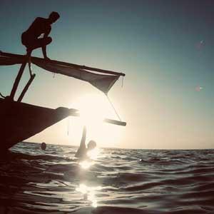 Sunset-sail-Mimi-the-dhow-Zanzibar